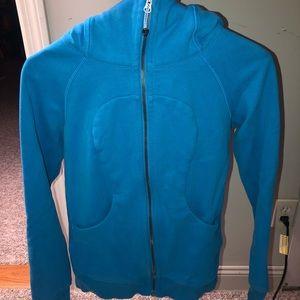 LuluLemon blue sweatshirt